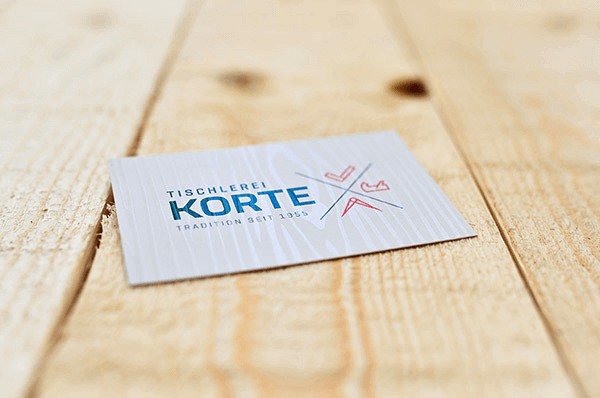 Ein holzverbundenes Corporate Design